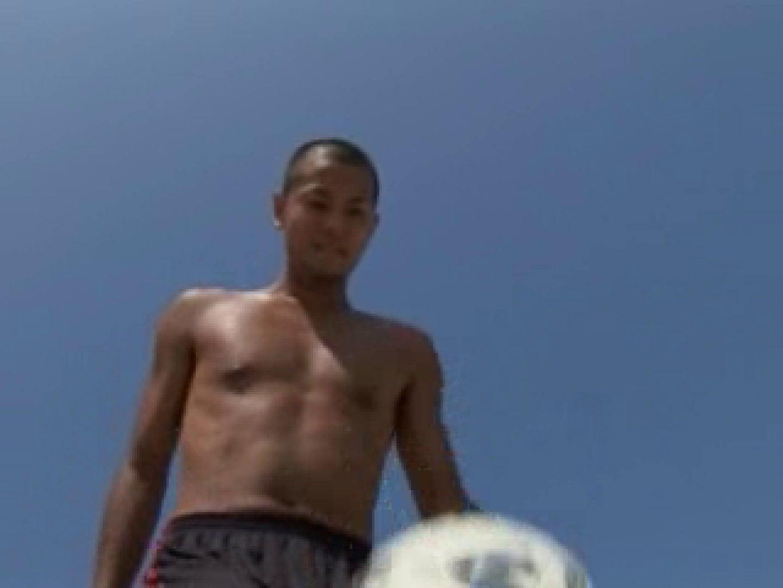 すっきり坊主のサッカー青年のイメージ撮影 裸特集 ゲイザーメン画像 93pic 35