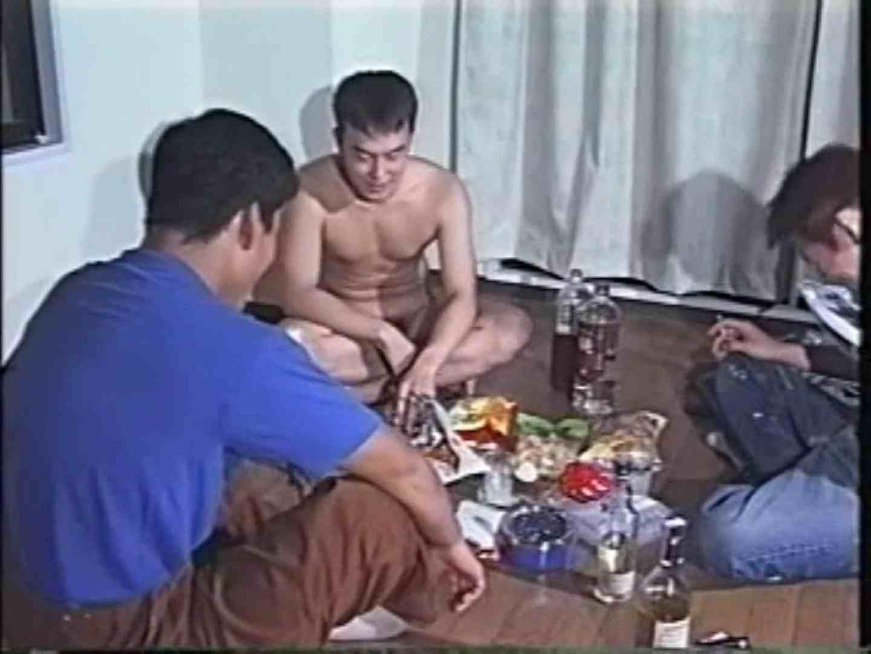 俺たち全裸で宅飲み! !何やってんネン 手コキ AV動画 111pic 40